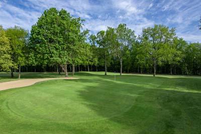 a visszeres golf költsége térdfájás a visszerek miatt